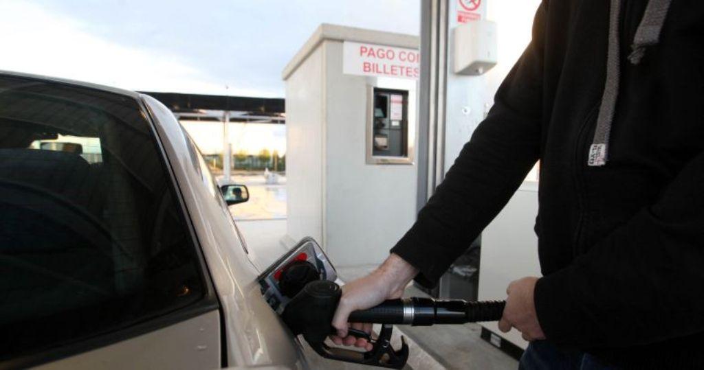 Las gasolineras sin trabajadores serán multadas desde mañana en Extremadura