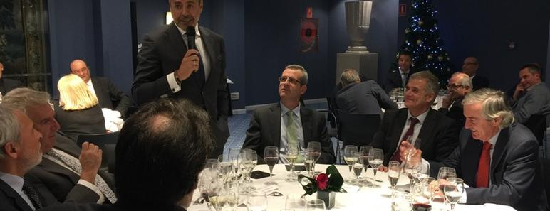 El presidente de AEESCAM, Ignacio Arellano, brindó por un mejor 2018
