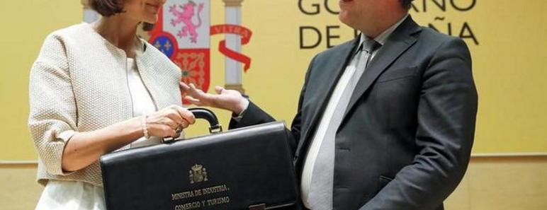 Reyes Maroto recibe su cartera como ministra